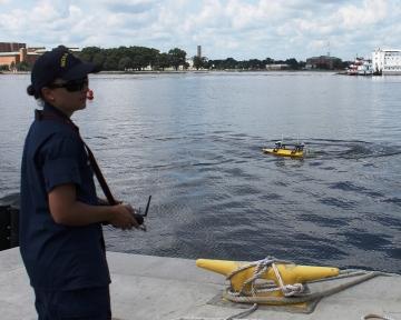 ENS Head pilots Z-Boat